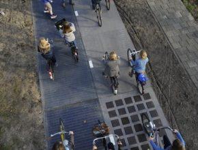 auto solární cyklostezka silnice Nizozemsko Krommenie