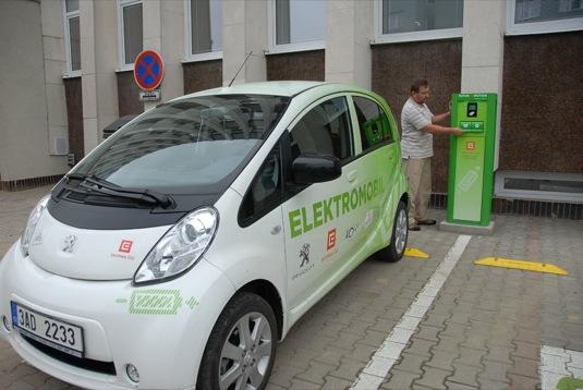 auto nabíjecí stanice ČEZ Karviná