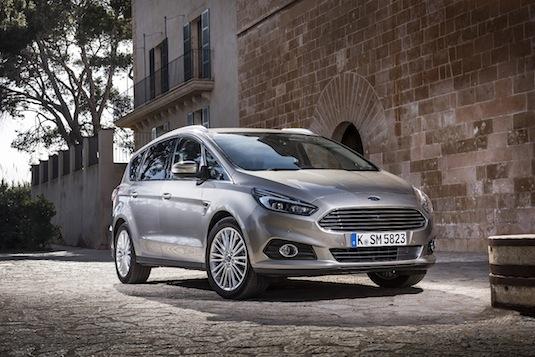 auto technologie Ford zabrání nehodám auta která vidí za rok