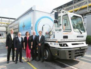 auto elektromobily elektrický kamion BMW SCHERM Mnichov továrna komponenty