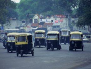 Indie tuk-tuky taxi rikša