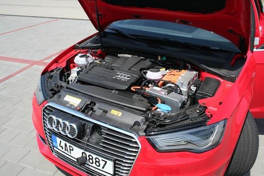 auto test plug-in hybridu Audi A3 Sportback e-tron 1.4 TFSI S tronic