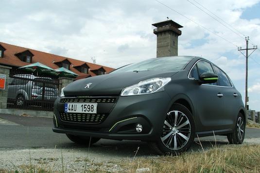 nový Peugeot 208 po faceliftu