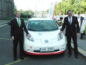 auto elektromobil Nissan Leaf od ČEZ pro Ministerstvo dopravy České republiky
