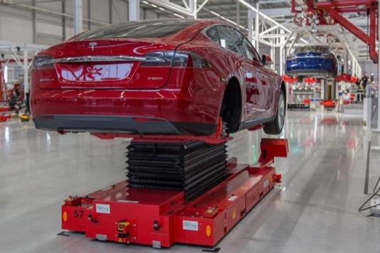 auto nizozemsko tilburg továrna servisní centrum Tesla Motors rozšíření