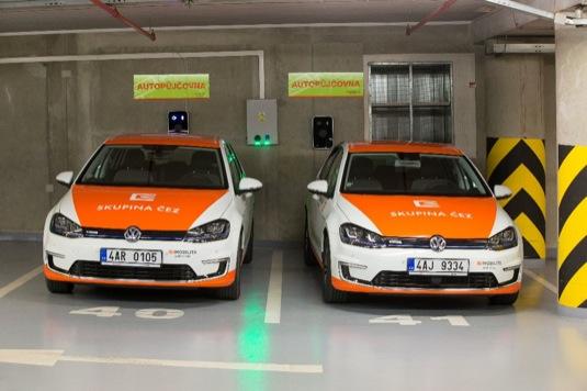 auto elektromobily Volkswagen e-Golf půjčovny ČEZ