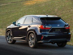 Lexus RX je kdispozici od 1370 000 Kč a zájemci si mohou pořídit prodlouženou pětiletou záruku