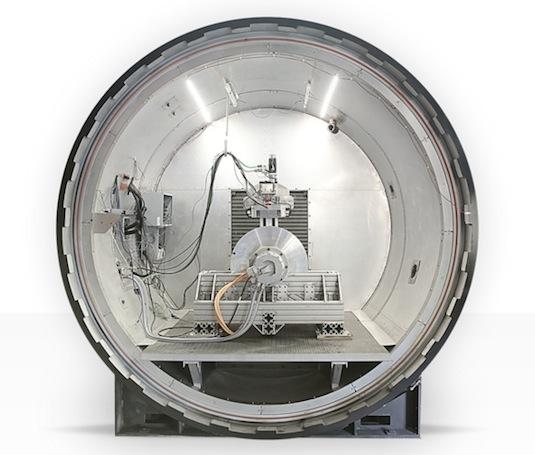 auto Hyperloop Technologies nákladní verze