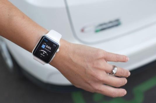 auto hodinky Apple Watch a aplikace pro vozy značky Ford