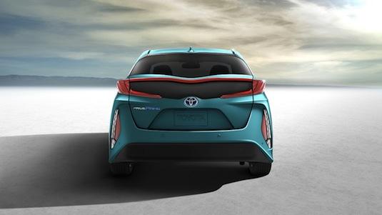 auto autosalon New York nový plug-in hybrid Toyota Prius Prime