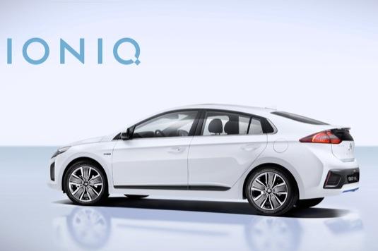 auto autosalon Ženeva 2016 Hyundai Ioniq plug-in hybrid