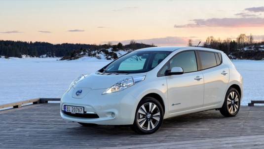 auto elektromobil Nissan Leaf dotace na nákup elektromobilu