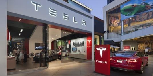 auto prodejna Tesla Motors Los Angeles Misha Bruk MBH Architects