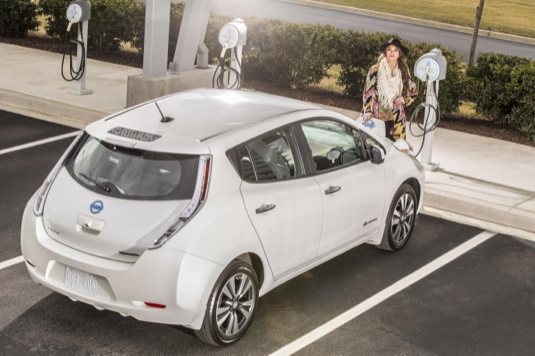 auto elektromobil Nissan Leaf je nyní v Coloradu výrazně levnější