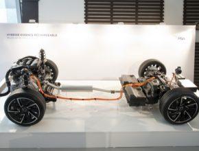 auto plug-in hybrid PSA Group skupina nová auta