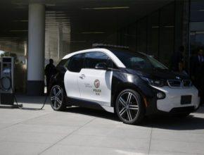 auto elektromobil BMW i3 LAPD Los Angeles policie