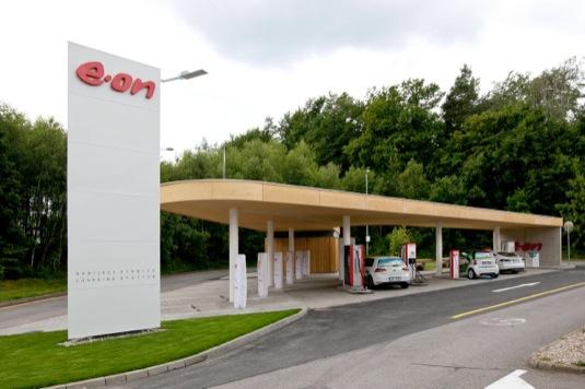 auto nabíjecí stanice pro pro elektromobily Humpolec-Vystrkov na 90. km dálnice D1