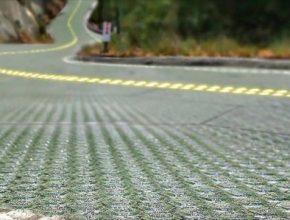 Společnost Solar Roadways se podařil kusarský kousek. Malá část zejména mezi motorkáři legendární Route 66 se promění v solární silnici.