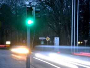 auto Semafor siemens světelná signalizace úsporný