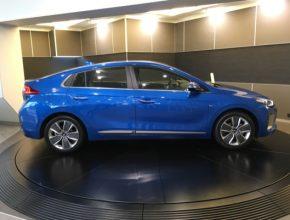 auto elektromobil hybrid Hyundai Ioniq