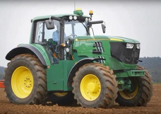auto John Deere elektrický traktor SESAM