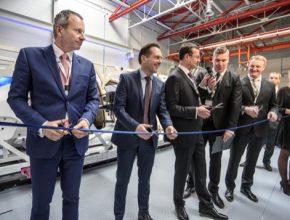 auto TÜV SÜD otevřela v Česku novou pokročilou testovací laboratoř bezpečnosti aut