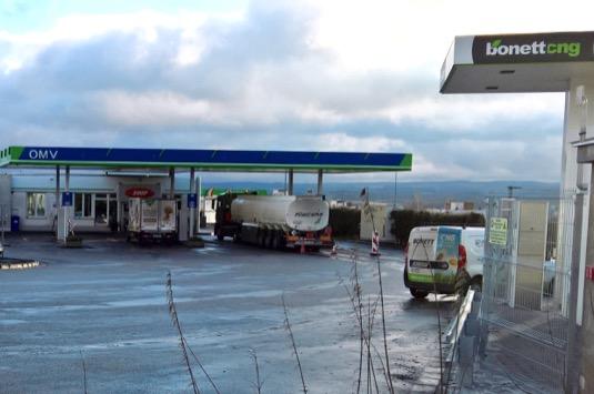 Bonett vkrátkém časovém horizontu otevřel další plnicí stanici CNG vHavlíčkově Brodu, kterou mohou využívat nejen osobní auta, ale také autobusy a nákladní vozy