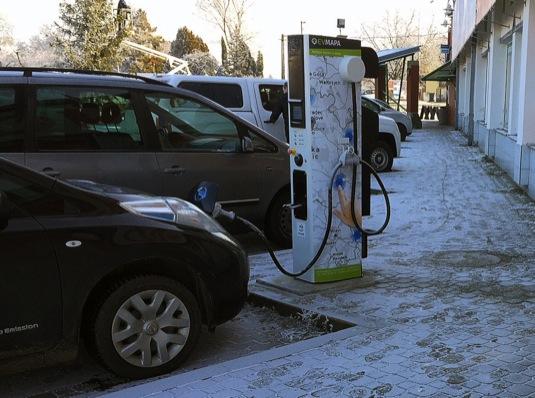 auto EVSelect rychlonabíječka Kunovice elektromobily