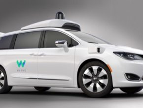 auto robotické auto Waymo Chrysler Pacifica Hybrid