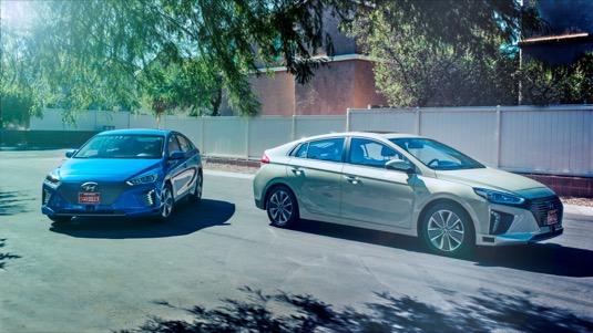 Autonomní koncepty IONIQ demonstrují vLas Vegas, vrámci probíhajícího pokročilého testování vměstském prostředí, techniku autonomní jízdy