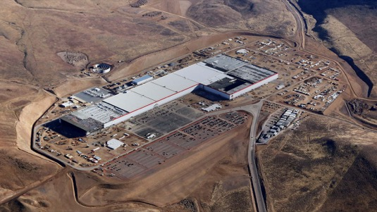 auto gigatovárna Tesla gigafactory Nevada