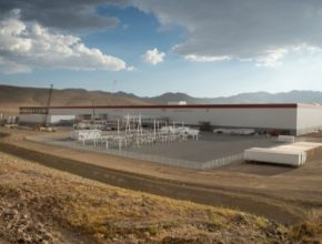 auto gigatovárna Tesla Motors v Nevadě