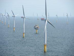 obří větrná farma Sheringham Shoal společnosti Statoil u pobřeží Velké Británie