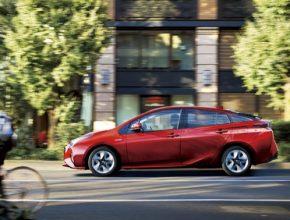 auto Toyota Prius hybrid