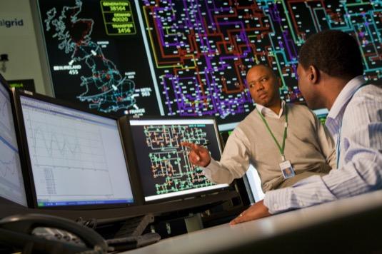 auto kontrolní místnost britské národní sítě National Grid UK
