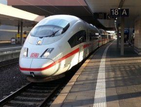 německé vysokorychlostní vlaky ICE společnosti Deutsche Bahn