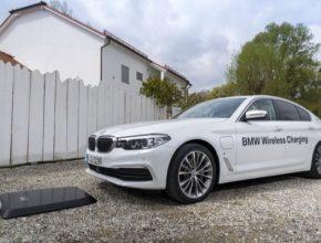 auto bezdrátová nabíječka pro plug-in hybrid BMW 530e iPerformance