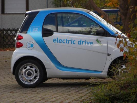 auto elektromobil Smart ED car2go