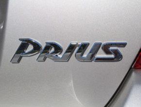 auto Toyota Prius logo 1. generace