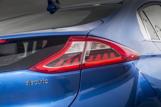 auto elektromobil Hyundai Ioniq Electric