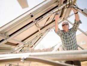 Spalování uhlí je minulostí, solární panely jsou budoucnost!