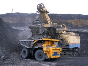Obnovitelné zdroje v Indii snižují cenu a zvyšují výkon. Uhlí tu už není ekonomicky dlouhodobě udržitelné.
