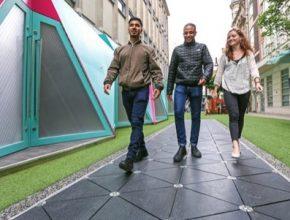 Londýn zkouší chodík, který díky procházejícím lidem vyrábí elektřinu
