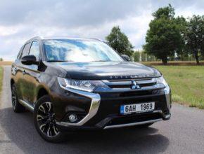 auto TEST: Mitsubishi Outlander PHEV