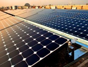 solární panely na střeše Vietnam
