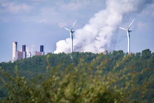 Norské vodní a přečerpávací elektrárny a německé větrné turbíny nyní vytvářejí dokonalou symbiózu
