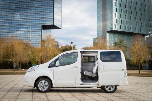 Nová verze elektrické dodávky Nissan nabízí stejnou přepravní kapacitu jako ta stará, ale vyšší dojezd