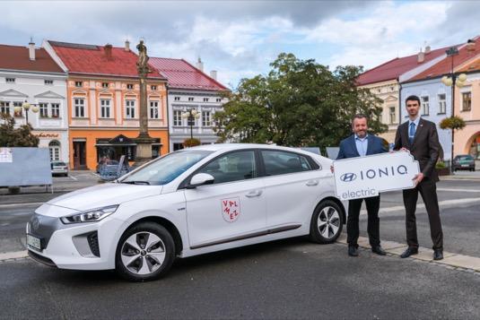 auto předání elektromobilu Hyundai Ioniq Electric