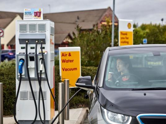 auto rychlo-nabíjecí stanice pro elektromobily Shell