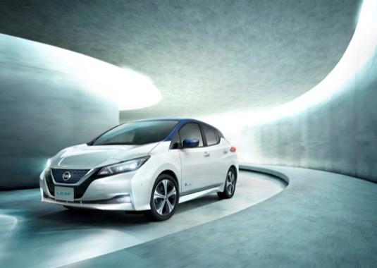 auto elektromobil nový Nissan Lead